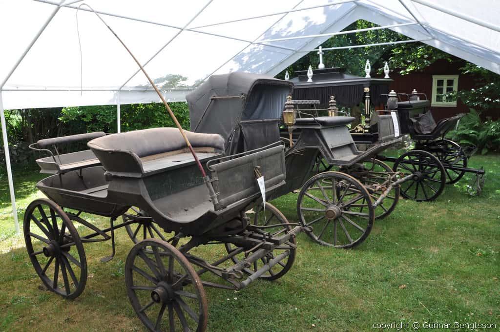 Prästdroskan och Steninge begravningsvagn
